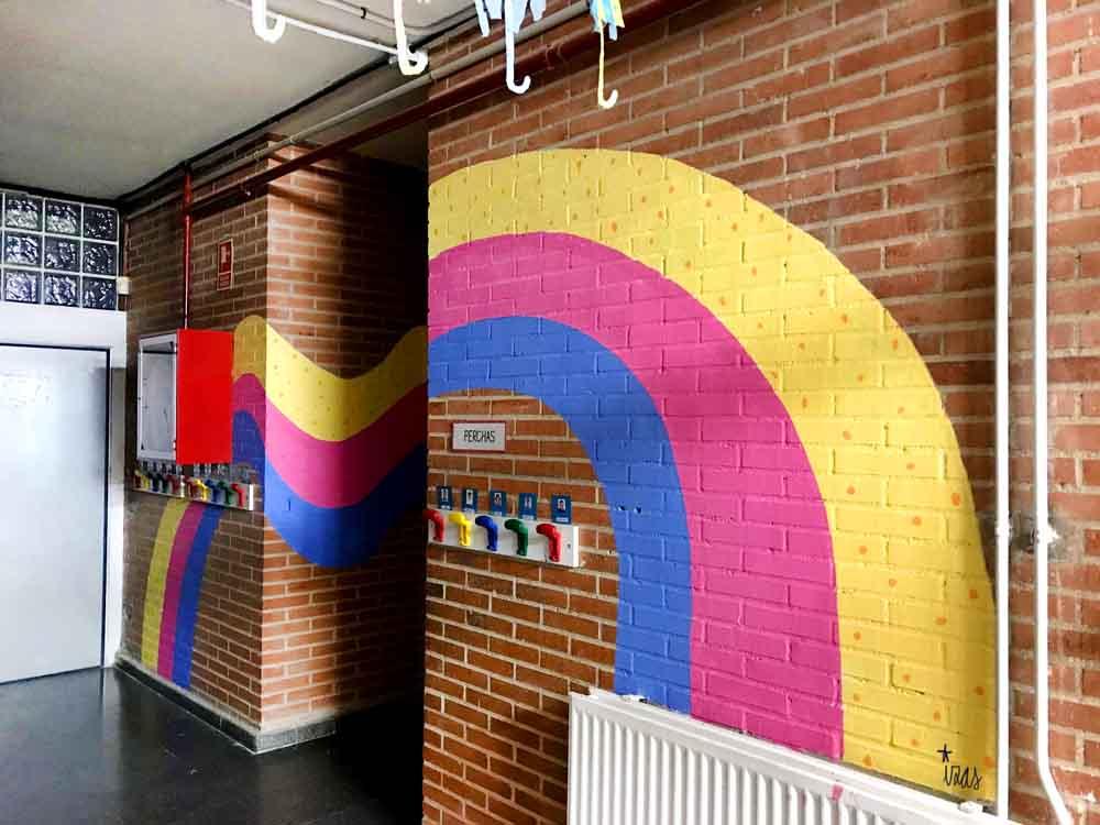 azulpatio izas mural rosa luxemburgo pabellón amarillo detalle 9