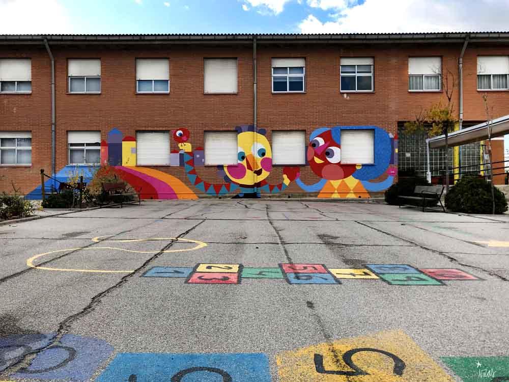 azulpatio izas mural rosa luxemburgo primaria juegos