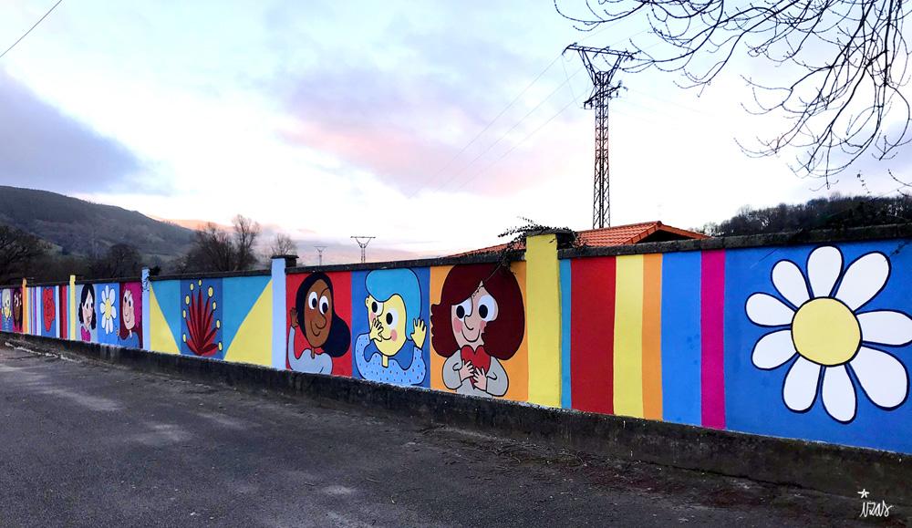 mural izas azulpatio ceip gerardo diego pano dcha 2