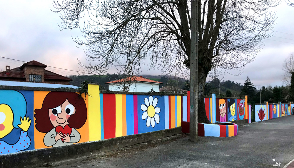 mural izas azulpatio ceip gerardo diego pano izq