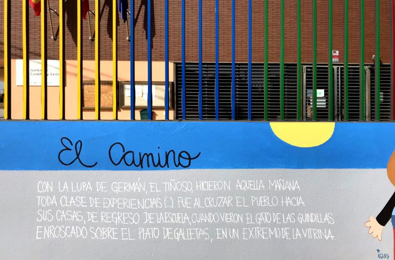 mural izas azulpatio dibujando la palabra ceip delibes detalle 10
