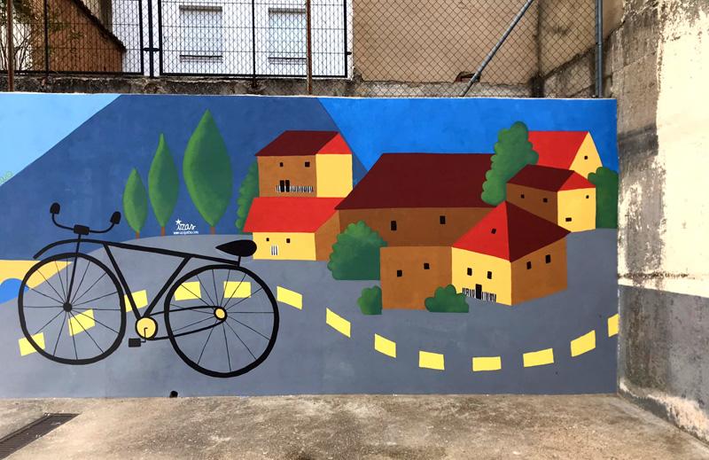 mural izas azulpatio dibujando la palabra ceip diego lainez detalle 1