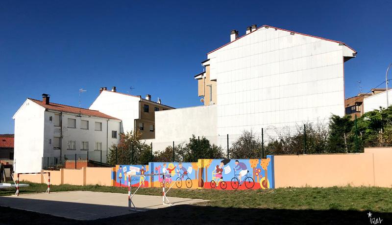 mural izas azulpatio dibujando la palabra cistierna pano 1