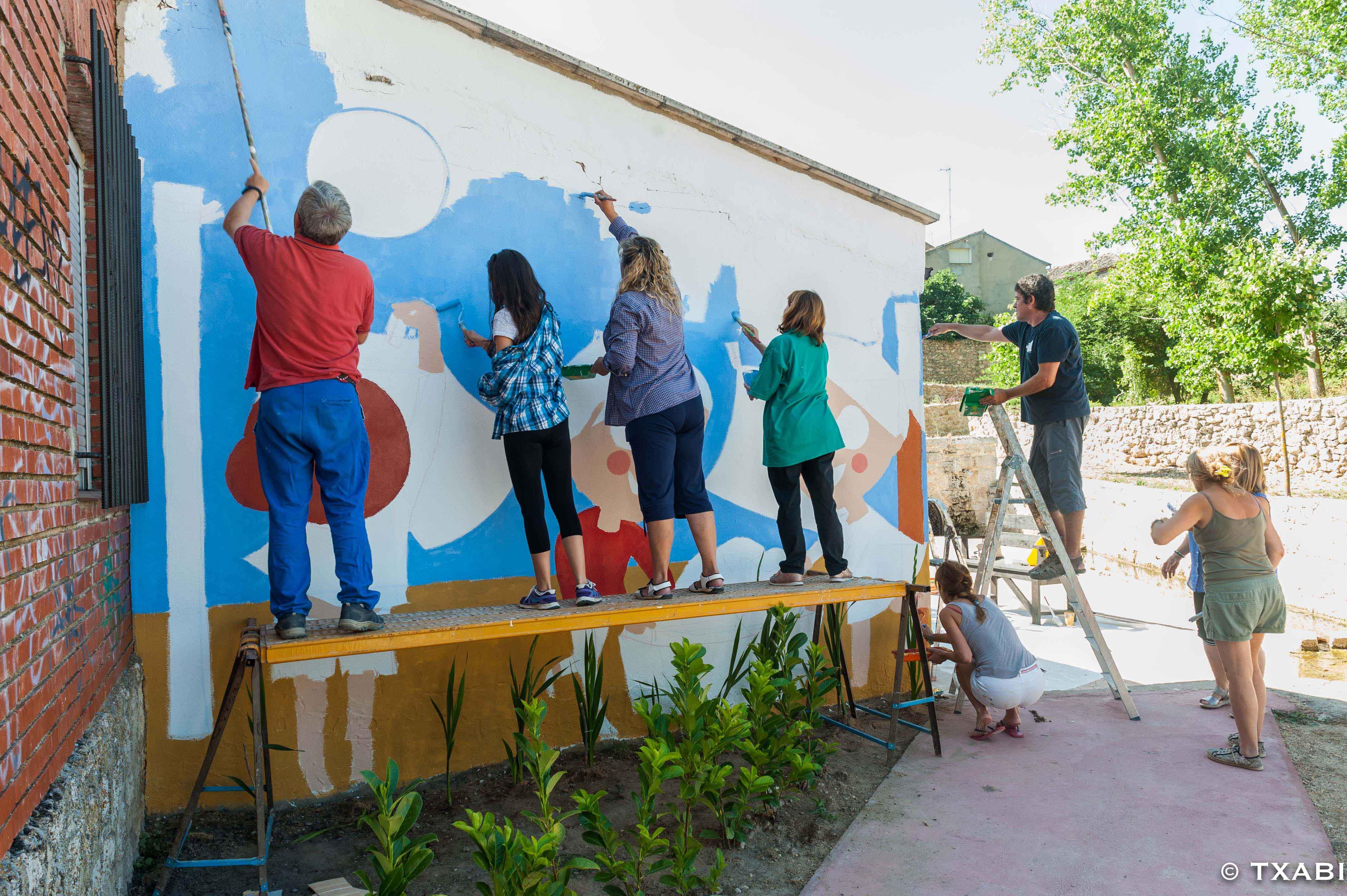 mural izas la ballena 5