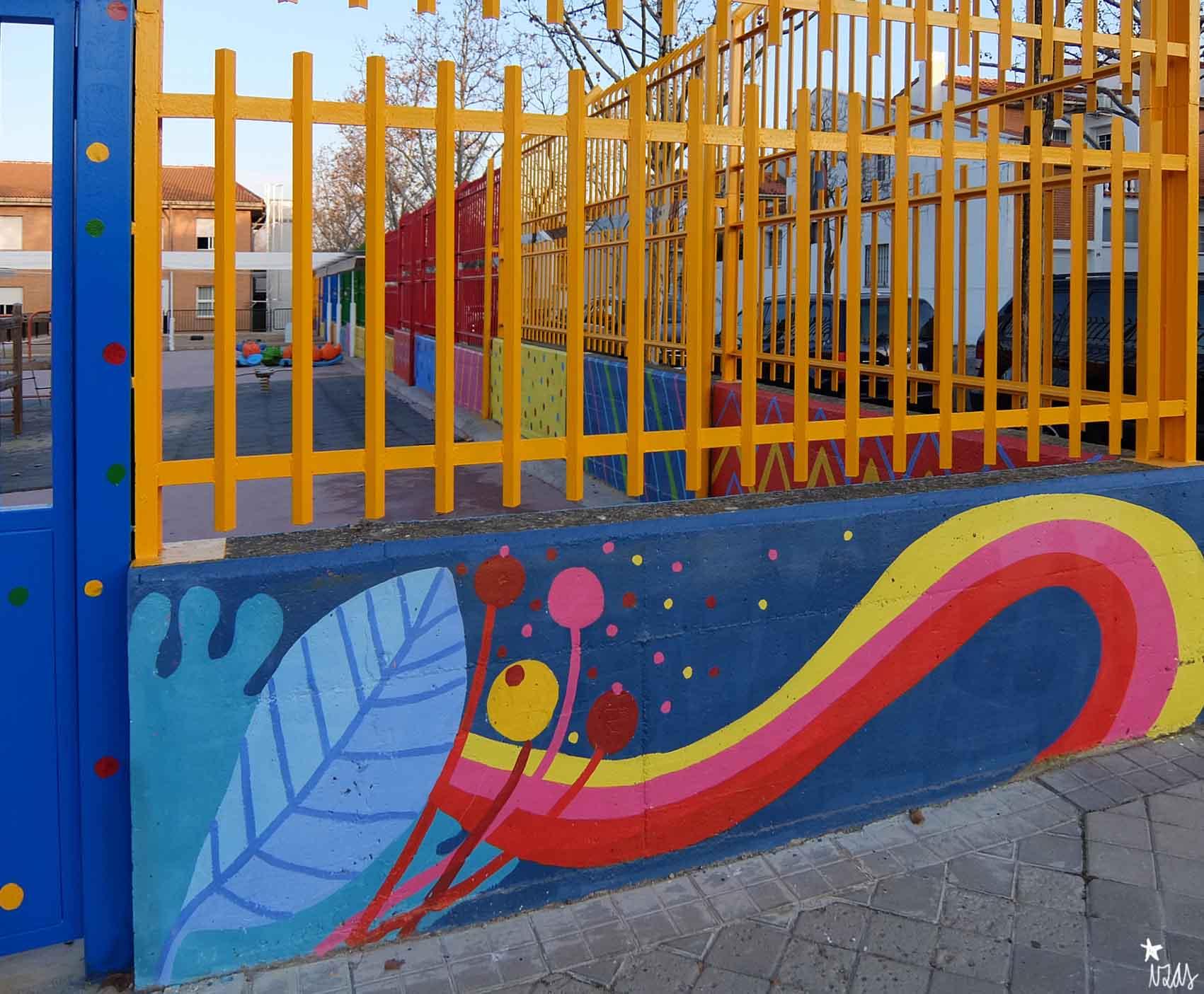 mural izas rosa luxemburgo exterior 11