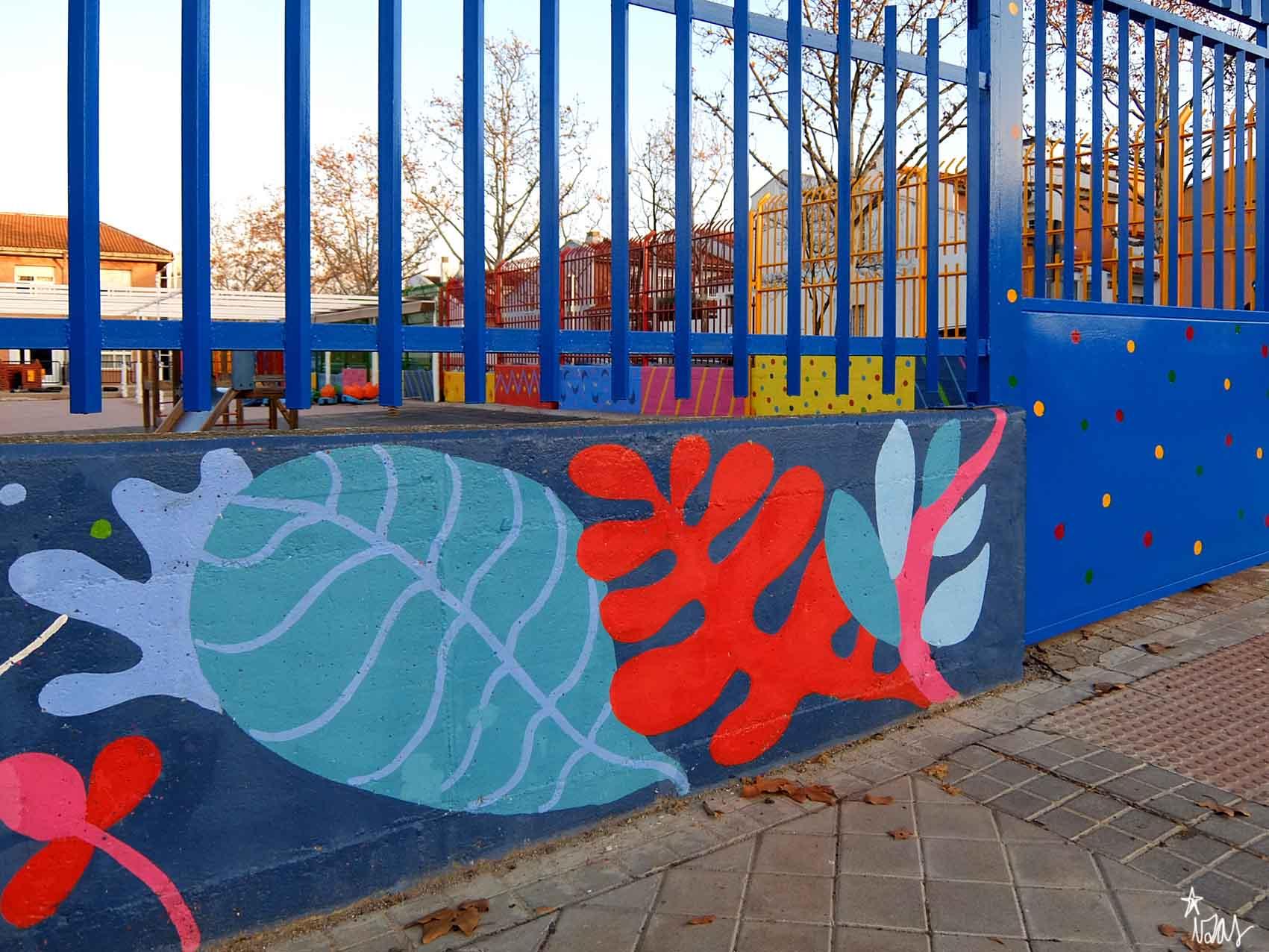mural izas rosa luxemburgo exterior 6
