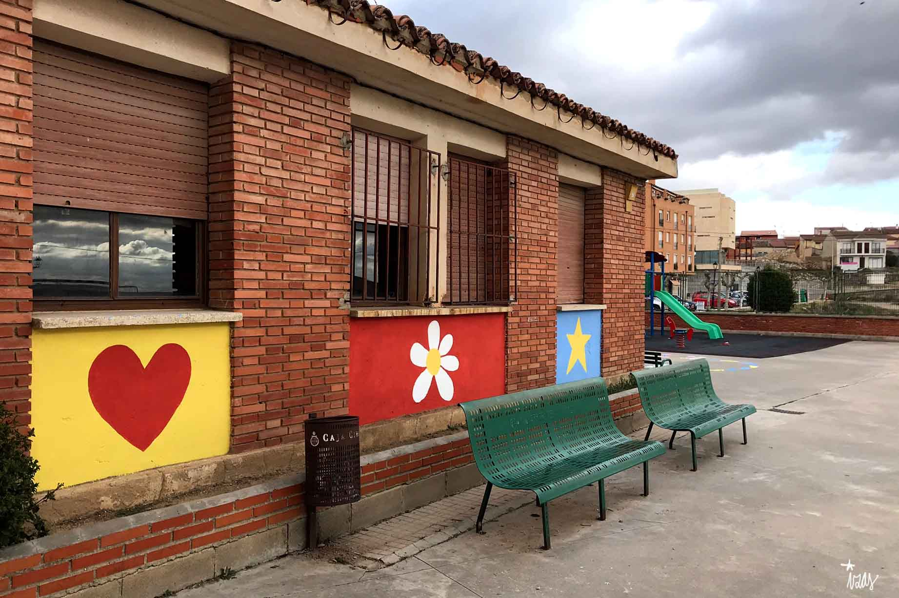 mural izas azulpatio cra cardenal cisneros 1