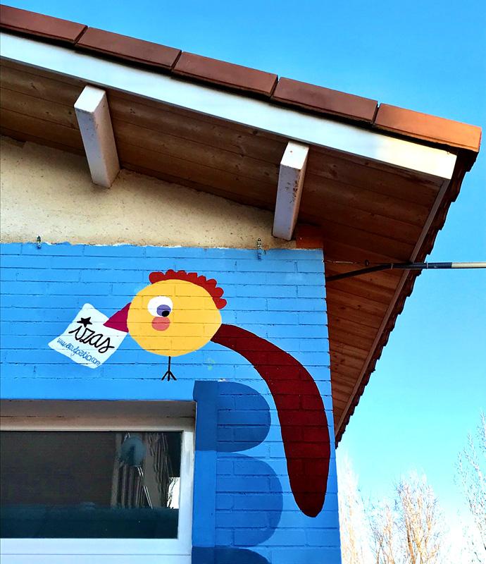 mural azulpatio izas josé bergamín valores detalle 7