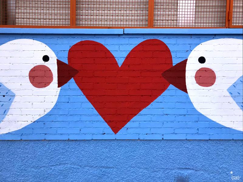 mural izas azulpatio ceip federico garcía lorca alcorcón pájaros 2