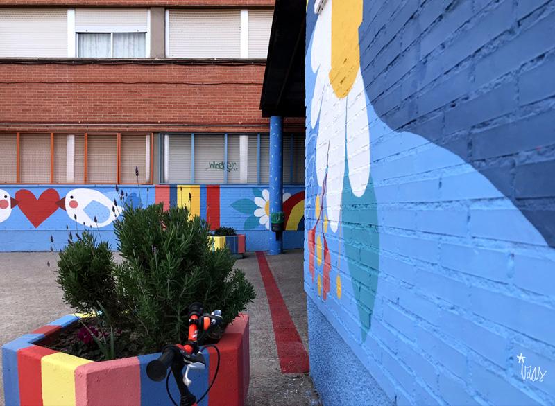 mural izas azulpatio ceip federico garcía lorca alcorcón pano 5