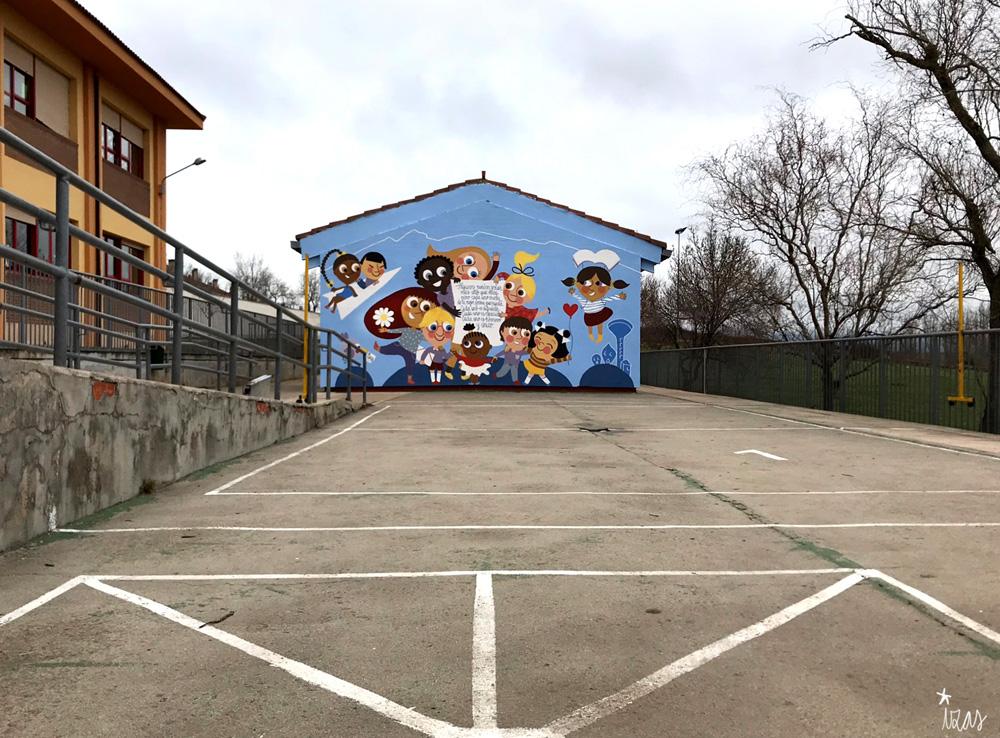 mural izas azulpatio ceip nueva segovia pano 2
