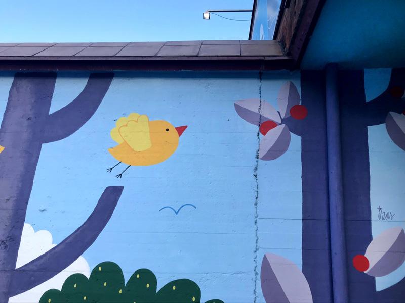 mural izas azulpatio ceip ramiro de maeztu 4