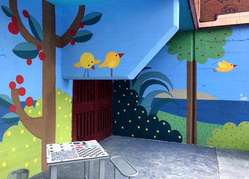 mural izas azulpatio ceip ramiro de maeztu detalle 1
