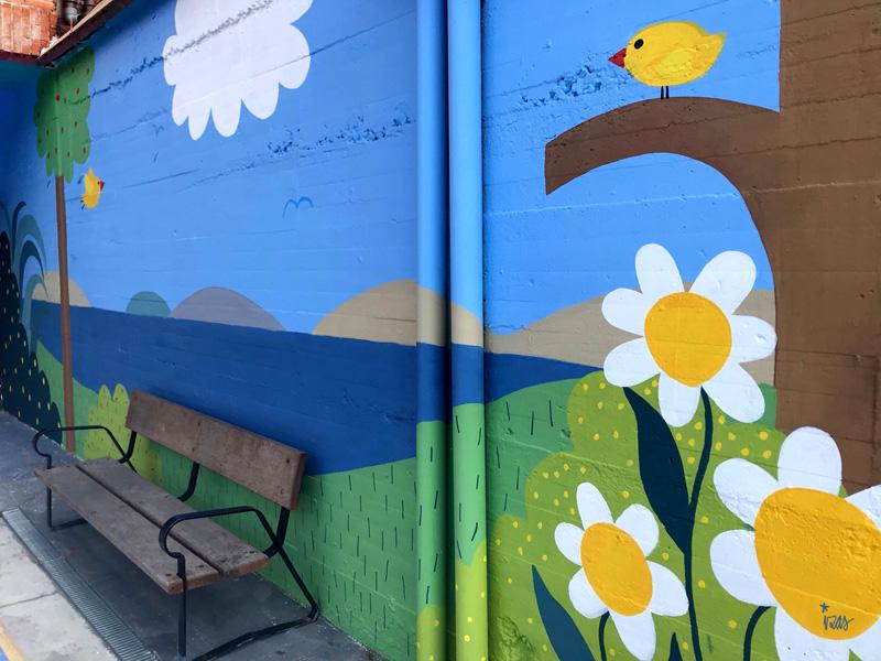 mural izas azulpatio ceip ramiro de maeztu detalle 2