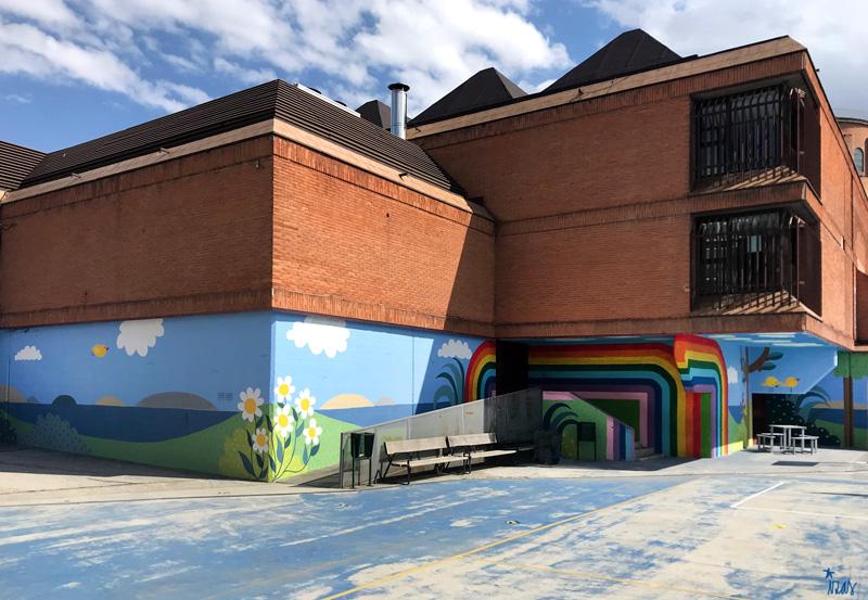 mural izas azulpatio ceip ramiro de maeztu pano 2