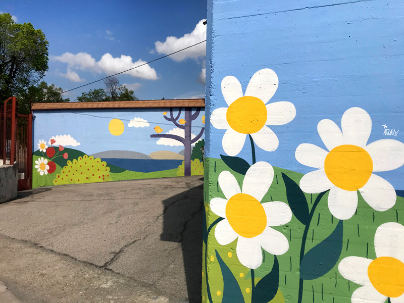 mural izas azulpatio ceip ramiro de maeztu pano 3