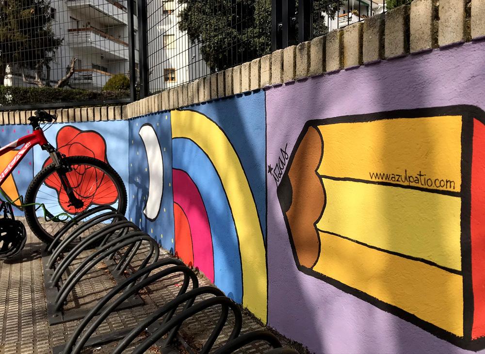 mural izas azulpatio miguel delibes entrada primaria detalle 5