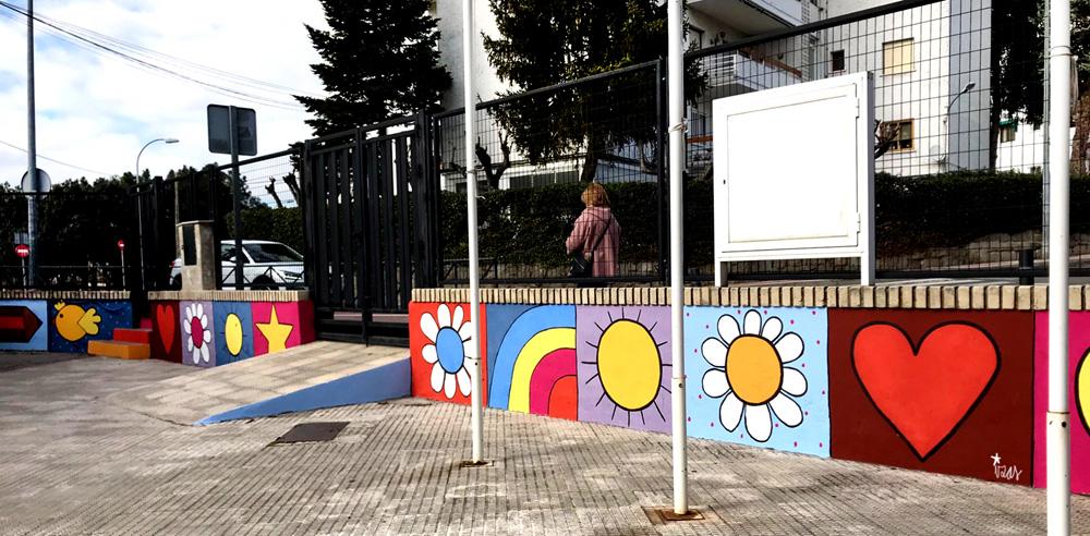 mural izas azulpatio miguel delibes entrada primaria pano 1