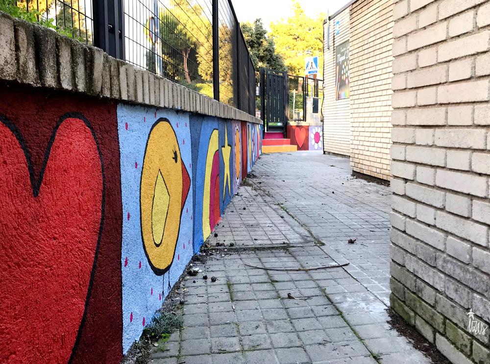 mural izas azulpatio miguel delibes entrada primaria pano 7