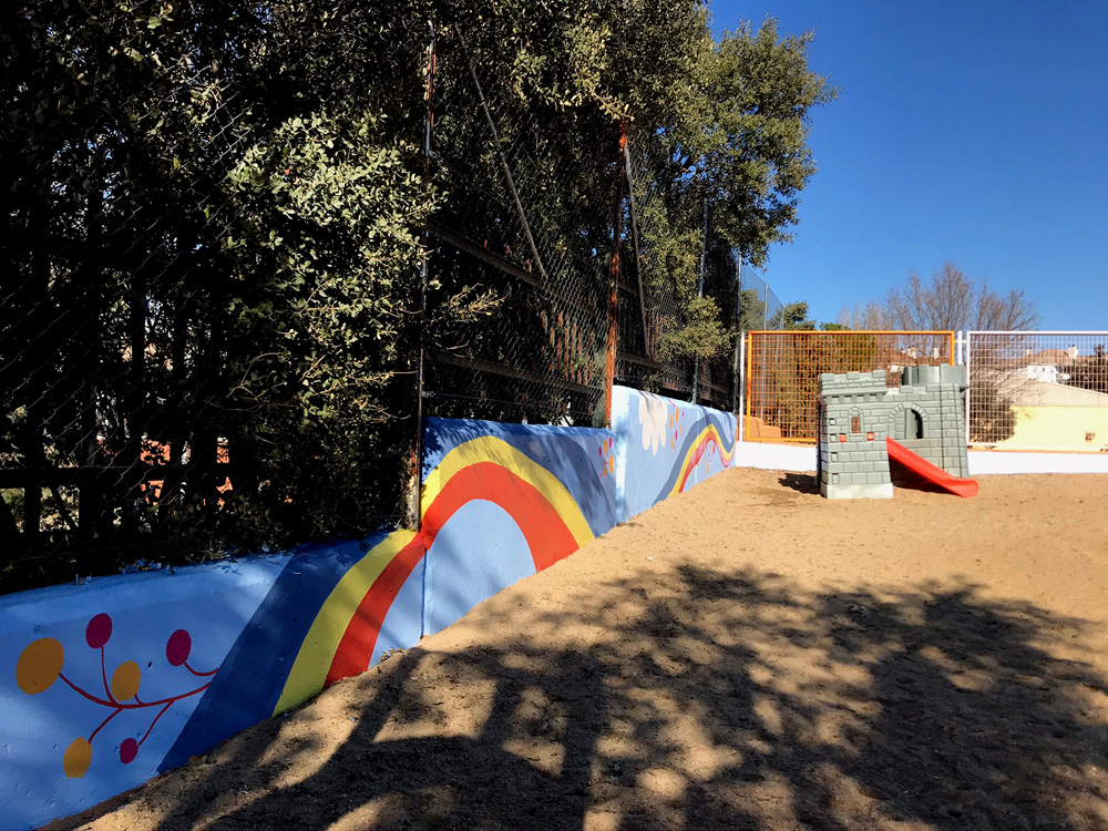 mural izas azulpatio miguel delibes infantil 2