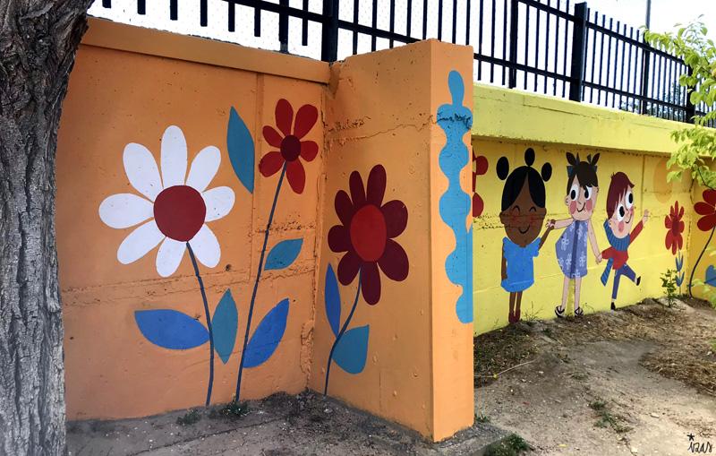 mural izas azulpatio miguel delibes primaria detalle 17