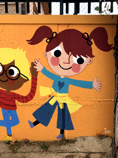 mural izas azulpatio miguel delibes primaria detalle 19