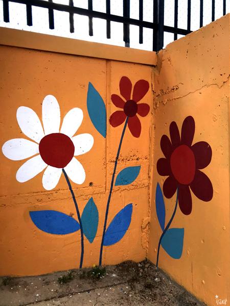 mural izas azulpatio miguel delibes primaria detalle 21