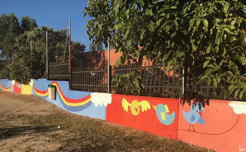 mural izas azulpatio miguel delibes primaria detalle 30