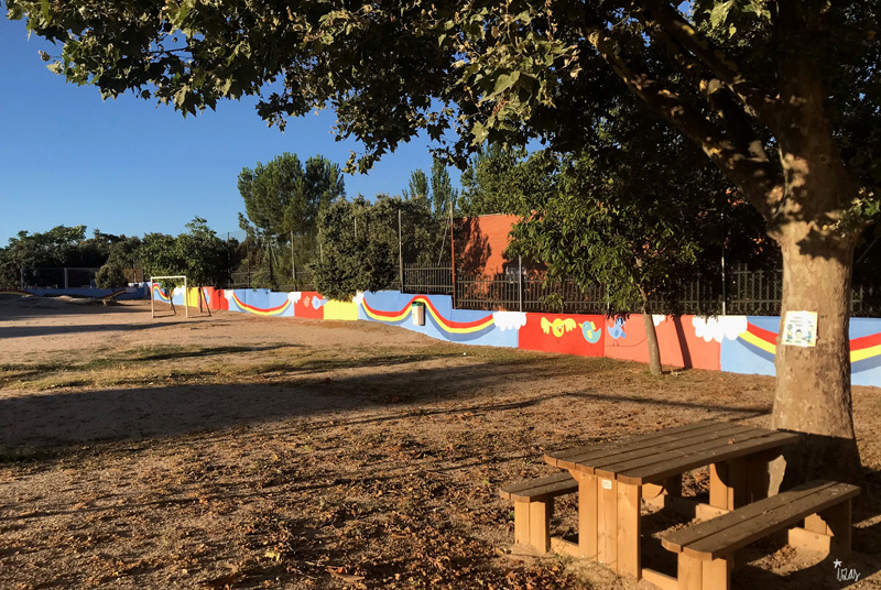 mural izas azulpatio miguel delibes primaria pano 1