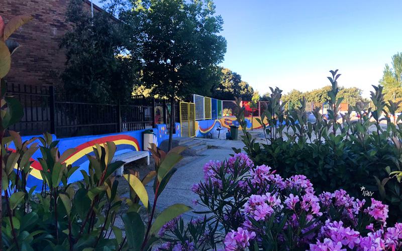 mural izas azulpatio miguel delibes primaria pano 3