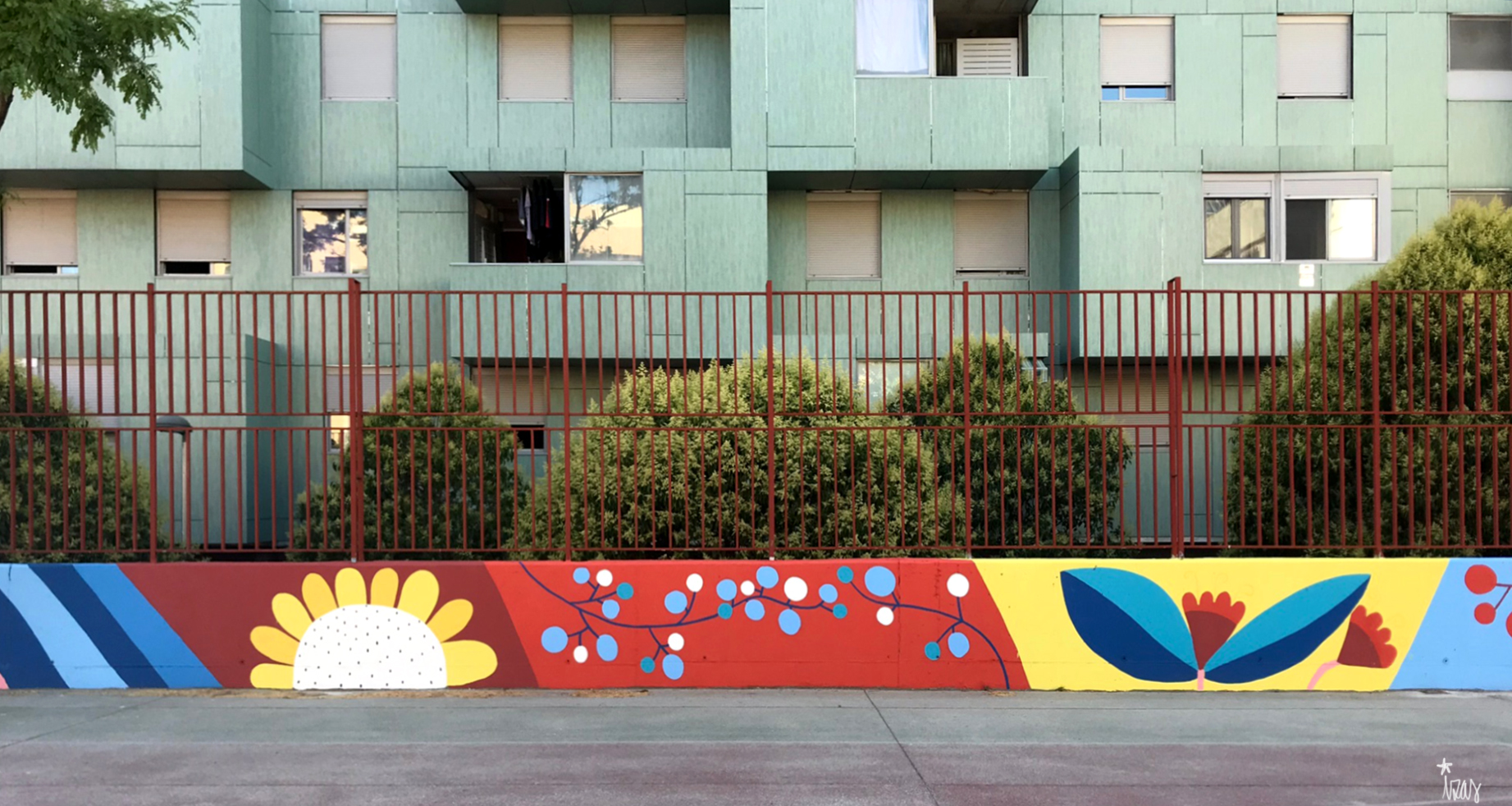 mural izas azulpatio ceip eduardo rojo patio detalle 10