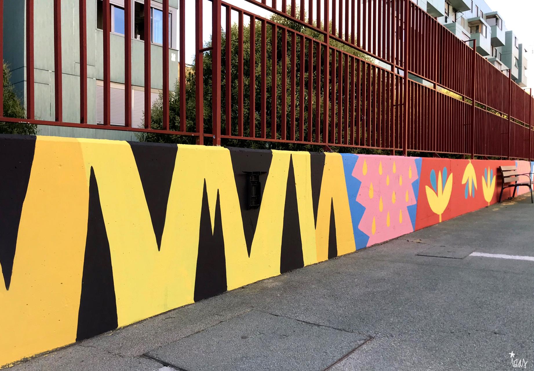 mural izas azulpatio ceip eduardo rojo patio detalle 15