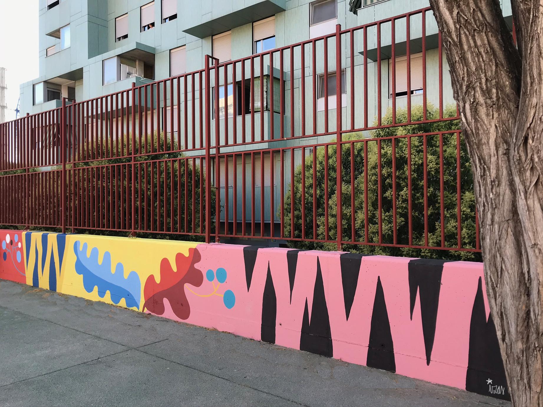 mural izas azulpatio ceip eduardo rojo patio detalle 2