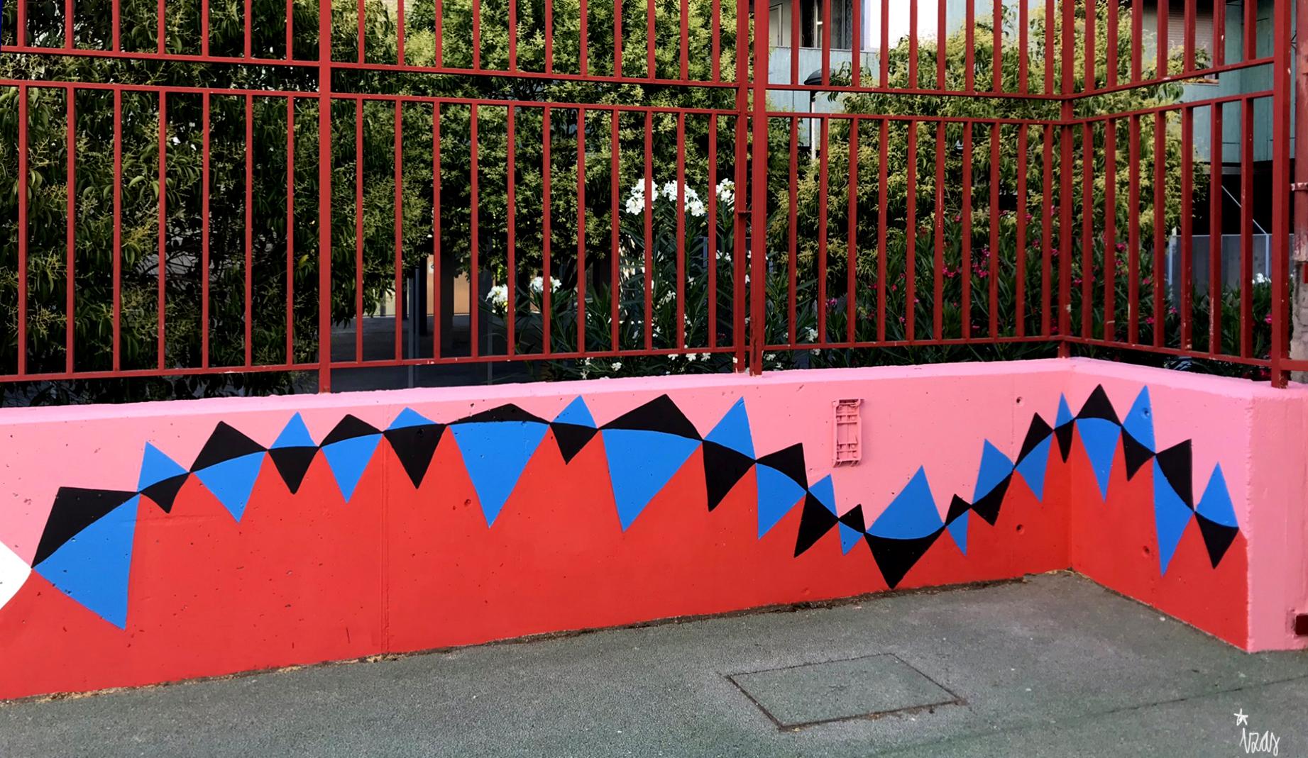 mural izas azulpatio ceip eduardo rojo patio detalle 22