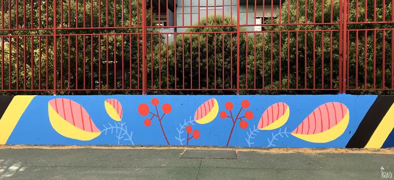 mural izas azulpatio ceip eduardo rojo patio detalle 24