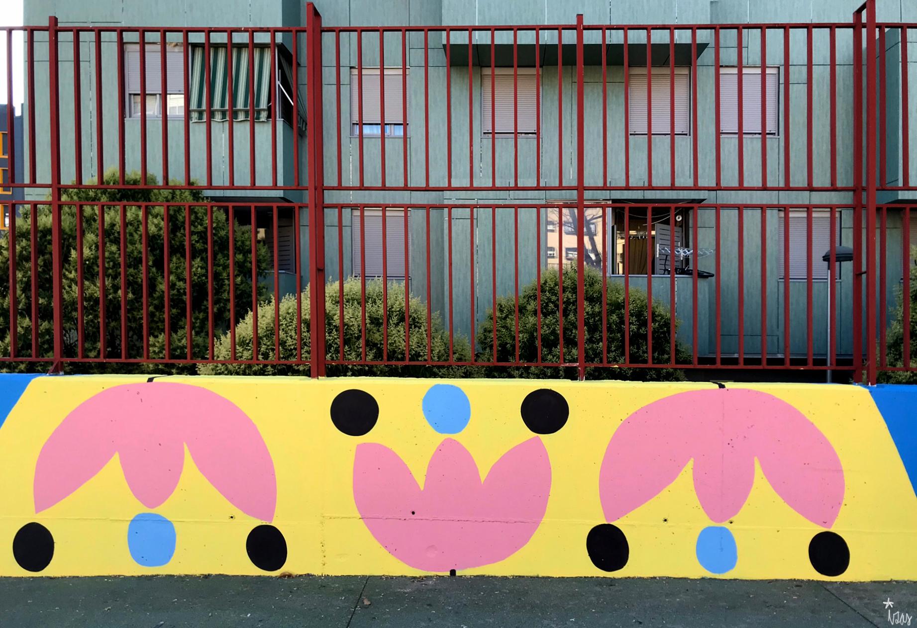 mural izas azulpatio ceip eduardo rojo patio detalle 9