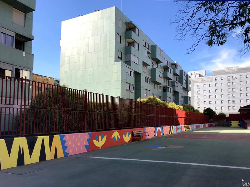 mural izas azulpatio ceip eduardo rojo patio pano 10