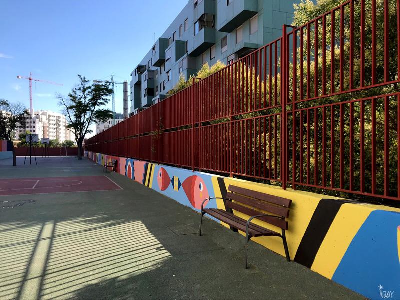 mural izas azulpatio ceip eduardo rojo patio pano 12