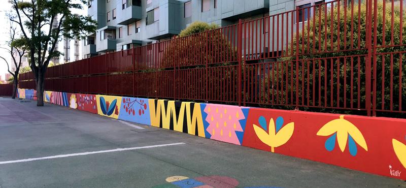 mural izas azulpatio ceip eduardo rojo patio pano 3
