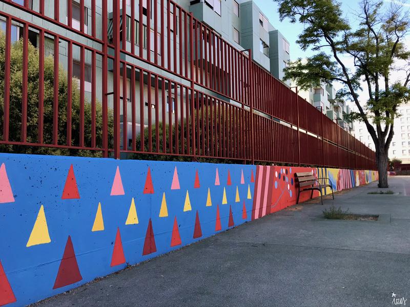 mural izas azulpatio ceip eduardo rojo patio pano 5