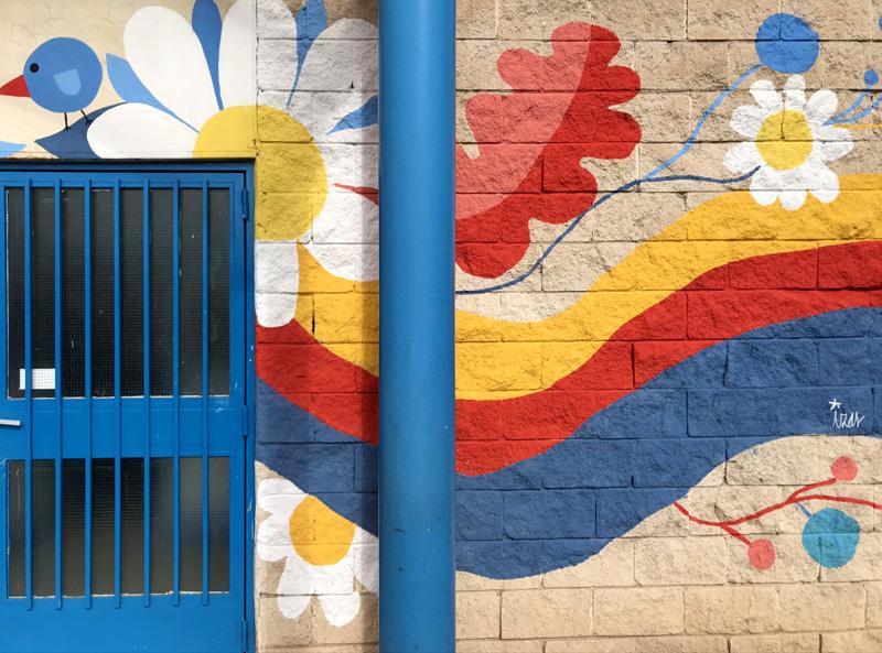 mural izas azulpatio ceip santo domingo entrada inf derecha