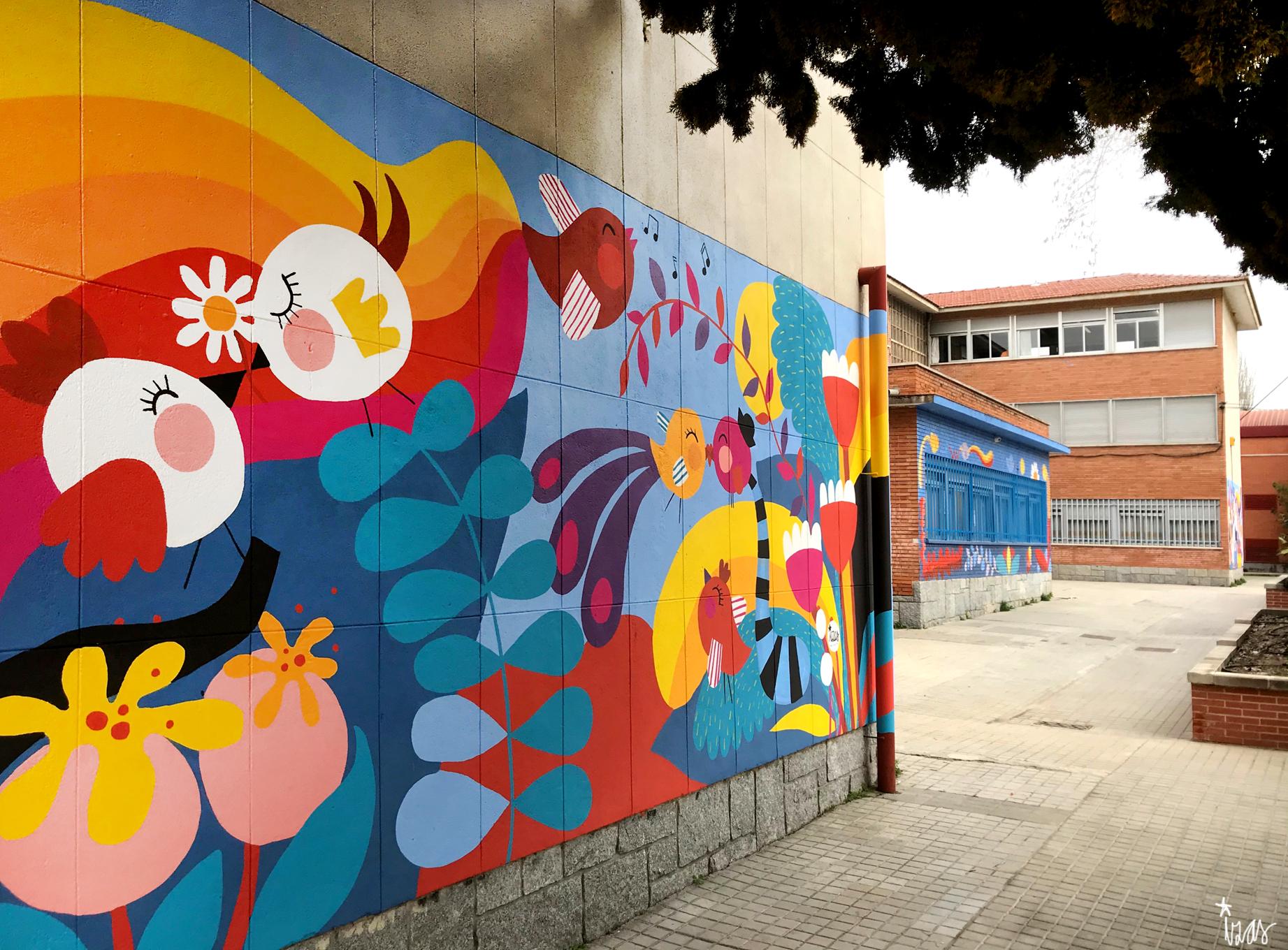 mural izas azulpatio ceip santo domingo flores pano