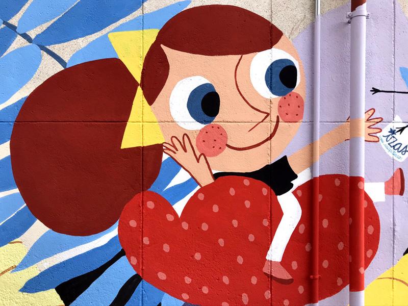 mural izas azulpatio ceip santo domingo patio detalle 5
