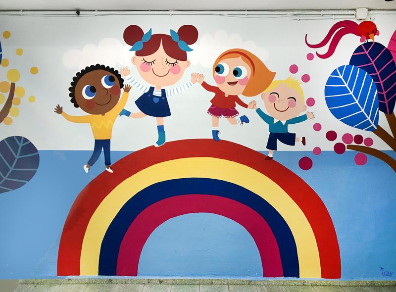 mural izas azulpatio entrada ceip santo domingo frente