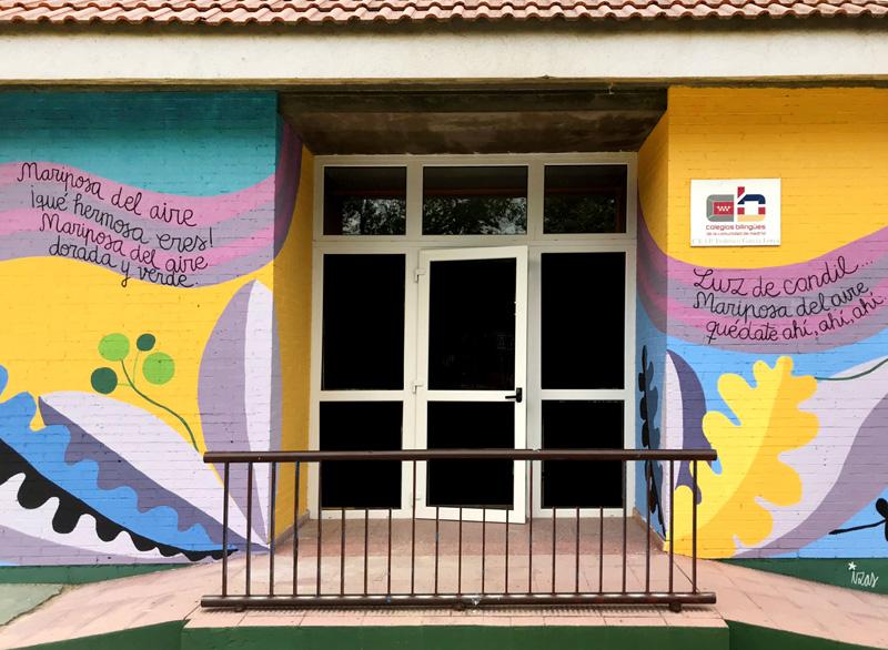 mural izas azulpatio lorca colmenar centro