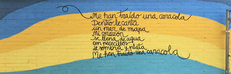 mural izas azulpatio lorca colmenar lateral poesía