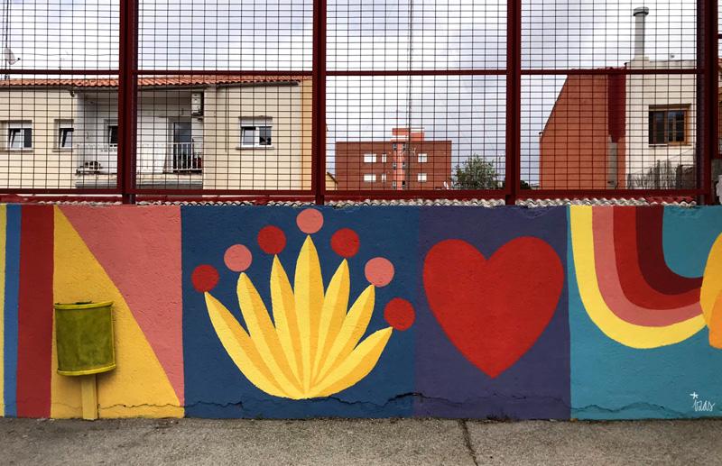 mural izas azul patio ntra sra asunción detalle 17