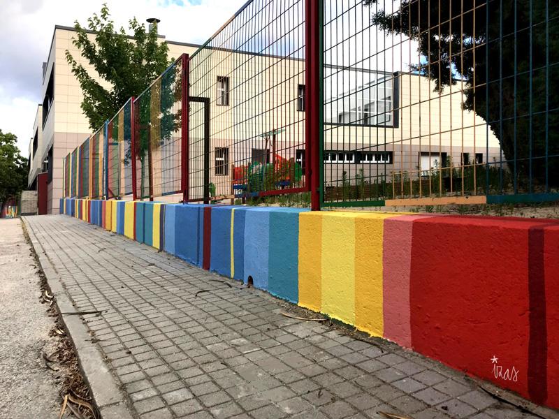mural izas azul patio ntra sra asunción muro entrada 1