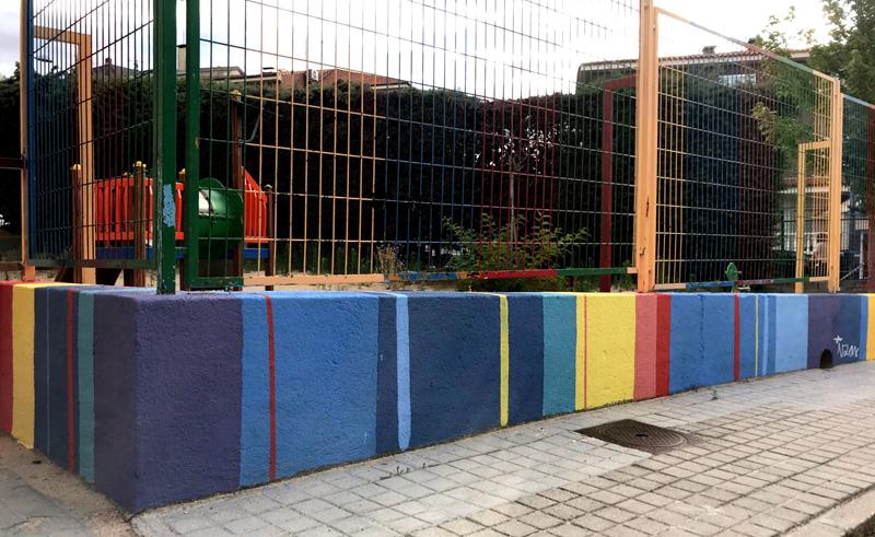 mural izas azul patio ntra sra asunción muro entrada 2