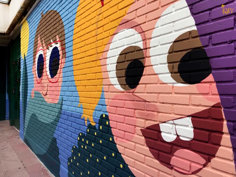 mural izas azulpatio ceip asunción agustina díez entrada detalle 5